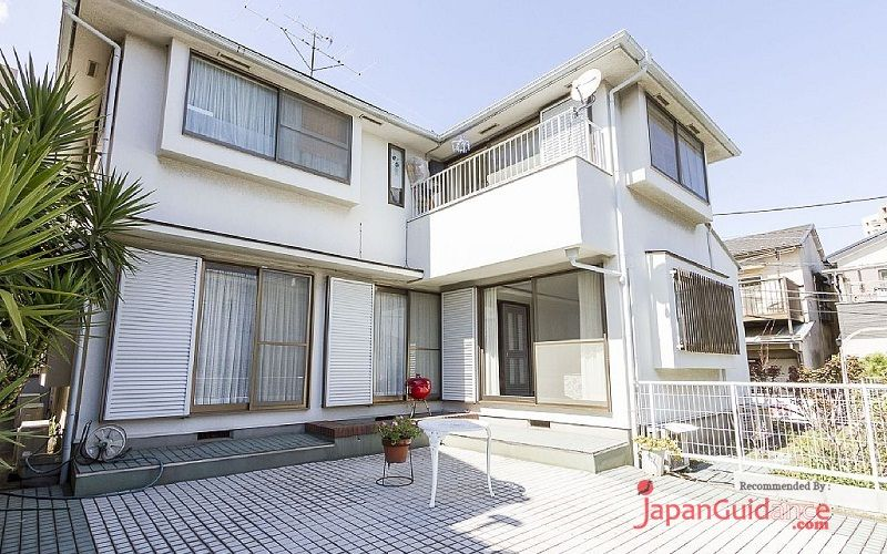 Image Photos of vacation rentals tokyo itohs duplex apartment building front view Pictures