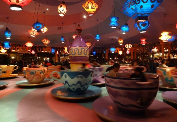 Image of Tokyo Disneyland Review - Alice Tea Party Pictures