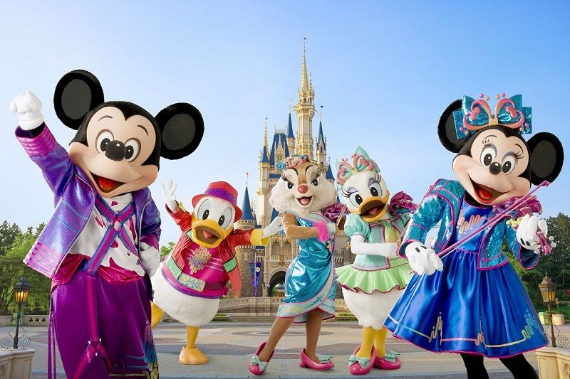 Image of Tokyo Disneyland Review - Characters of Disney Pictures