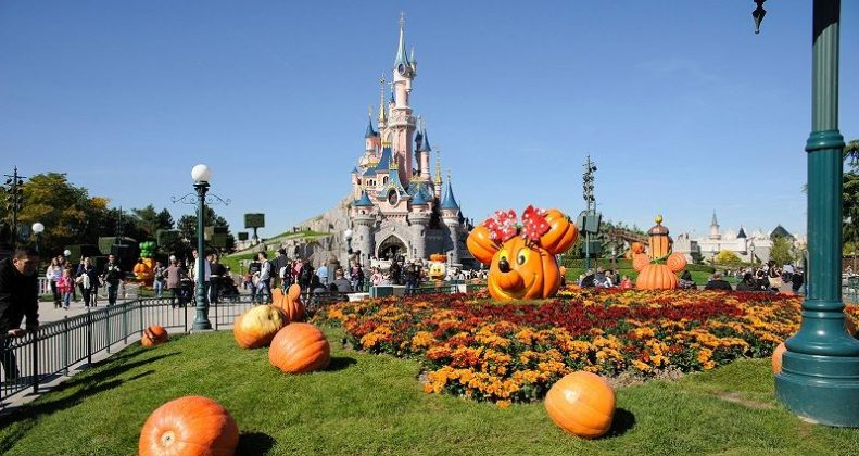 Image of Tokyo Disneyland Review - Park of Land Pictures