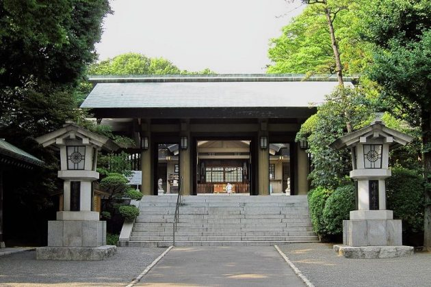 Image Photo of What To See In Harajuku - Front Face of Togo Shrine Pictures